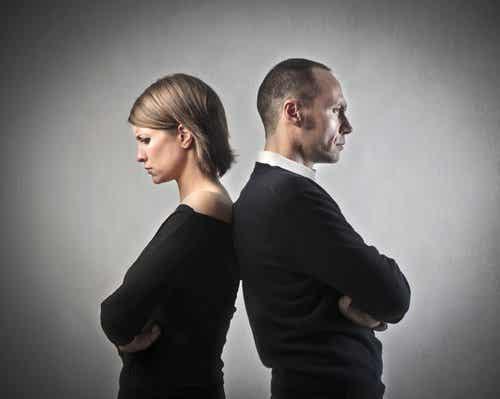 불행한 연인이 헤어지지 못하는 7가지 이유