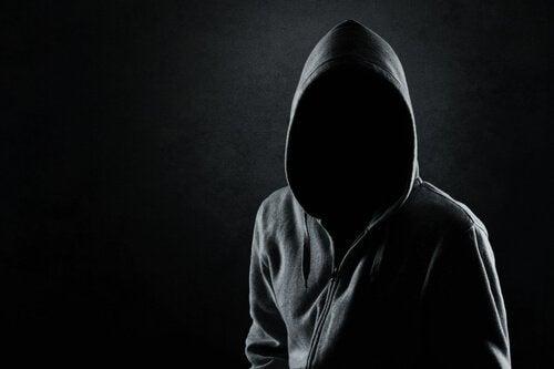 사이코패스의 마음 속에서는 무슨 일이 일어나는가?