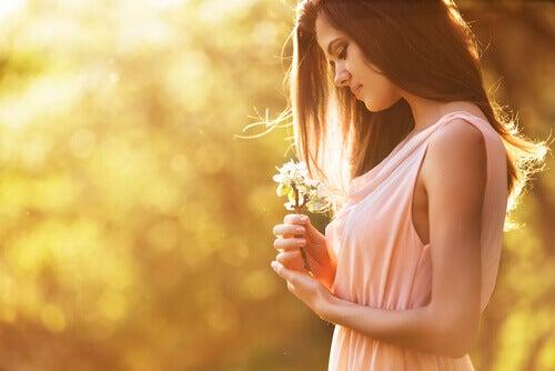자기 자신과의 관계를 발전시키는 4가지 방법