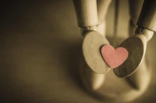사랑한다고 외치고 싶을 때 안녕이라고 말하기는 힘들다