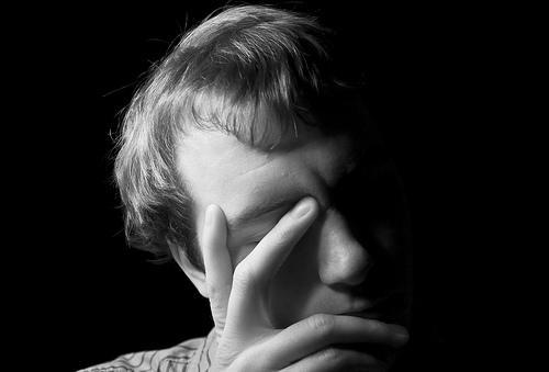 병적 질투심: 질투심이 위험한 극단으로 갈 때