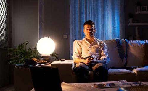 불면증: 잠 못 드는 남자