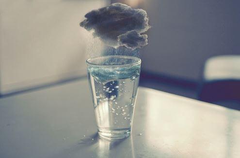 비가 오는 물 한 잔