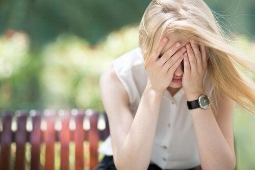 즉시 불안을 극복하는 4가지 간단한 방법