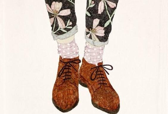 꽃무늬 바지에 신발