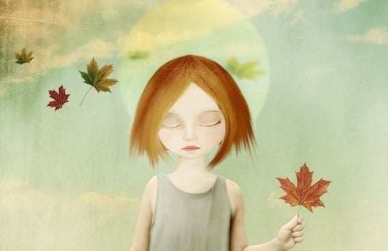 나뭇잎을 들고 있는 소녀