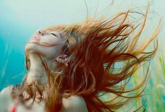 우리는 생각할 때 자유로워진다