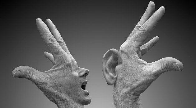 칭찬과 비판: 말을 하는 손