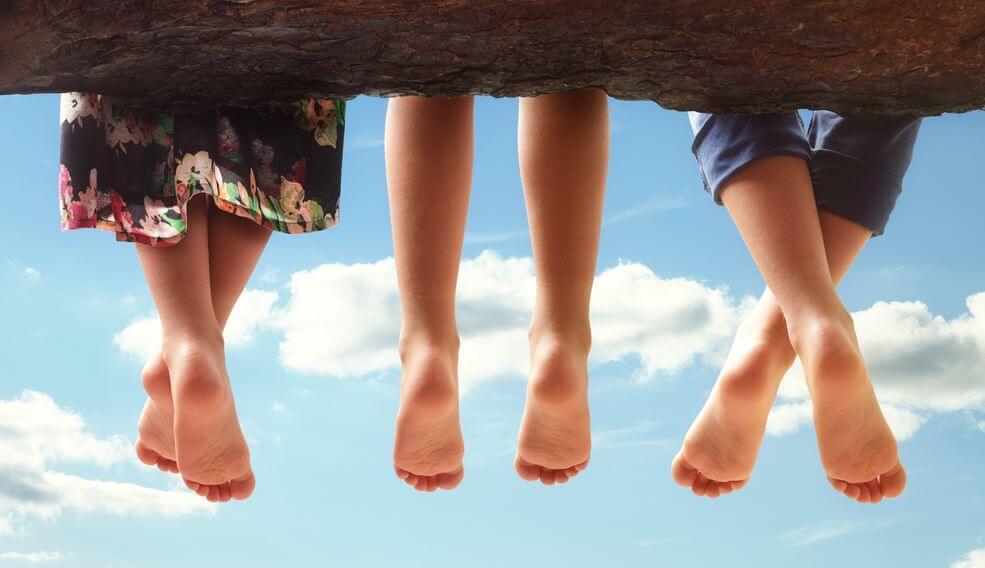 세 친구의 발: 친구란 이런 사람들이다
