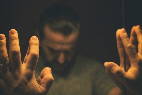 과민성 남성 증후군: 중년의 위기?
