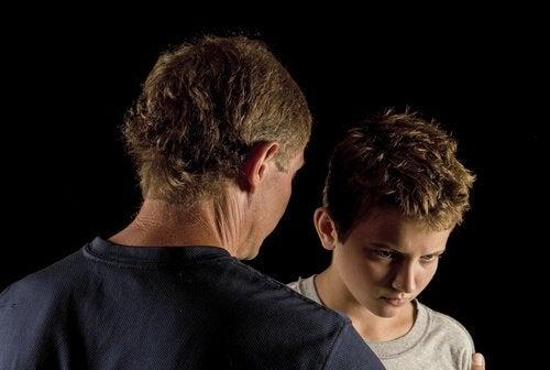 아버지와 반항하는 아들