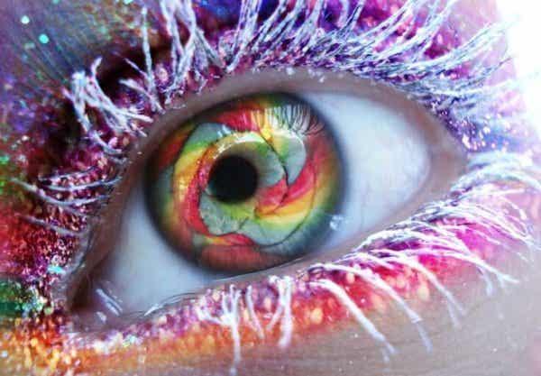 눈빛만으로도 의식 변성상태로 만들 수 있는가?