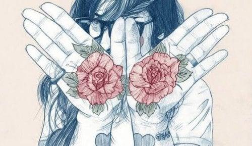 손바닥에 그려진 꽃