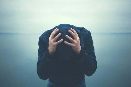 불안해 하는 사람들의 5가지 특징