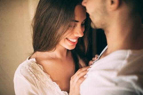 성적인 매력: 어떻게 느껴지게 되는 걸까?