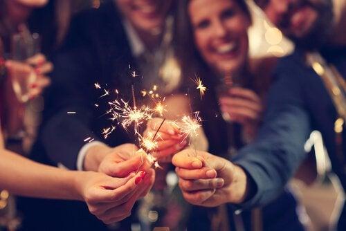 함께있는 사람들: 새로운 한 해의 시작: 나쁜 건 버리고 좋은 건 받아들이기