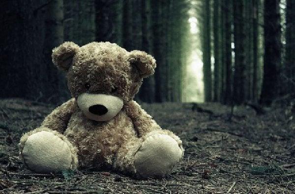 엄마의 고통을 안고 사는 것은 아이에게 힘든 일이다