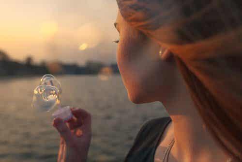 모든 사람은 삶을 사랑했던 순간으로 돌아온다