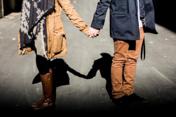 관계 속에서 의사소통을 개선하는 방법