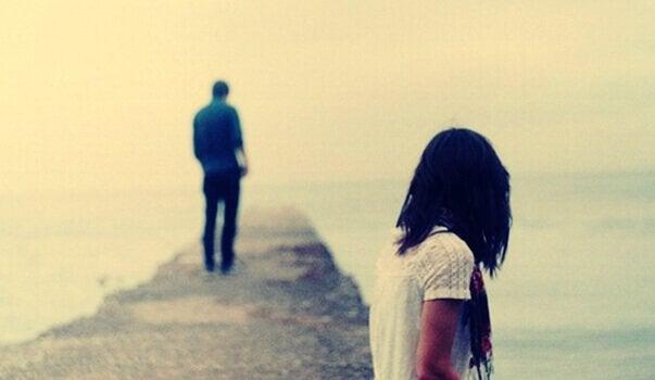 당신을 더 이상 사랑하지 않는다는 걸 거의 잊고 있었어