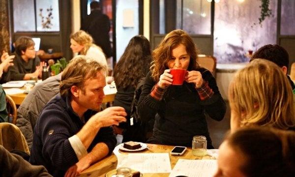 데스 카페: '죽음 카페'에 대해 들어본 적이 있는가?