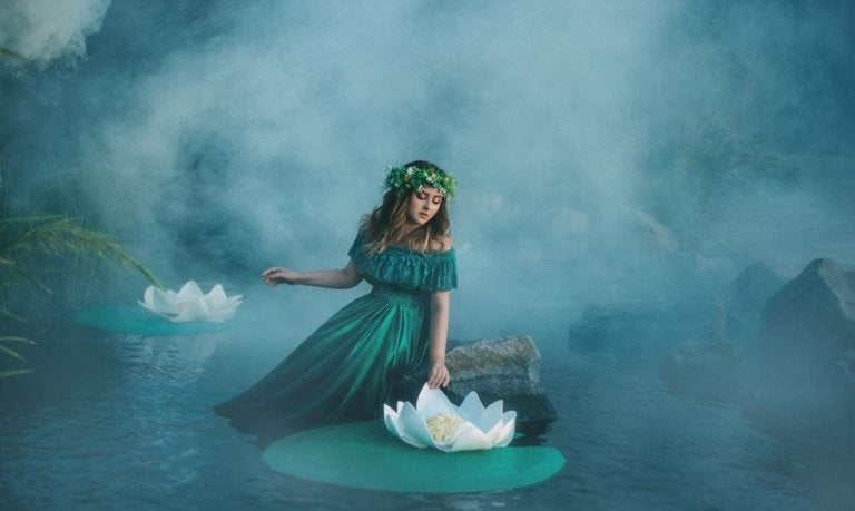 연못 중간에 앉아있는 여자 그림: 모든 것이 무너질 때 누군가가 곁에 있어 주는 것의 중요성