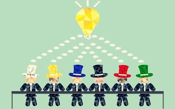 에드워드 드 보노의 6가지 생각 모자 기법