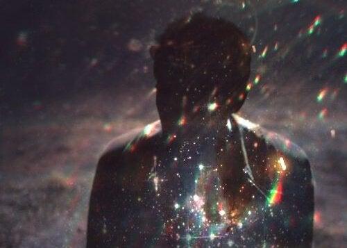 빛 속의 남자