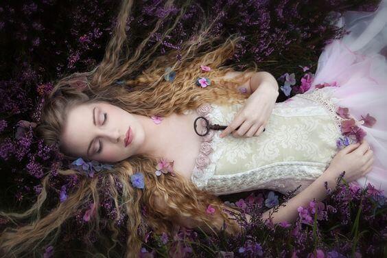 잠자는 숲 속의 공주가 왕자를 기다려서는 안되는 이유