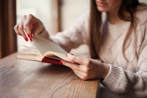 비통한 마음을 덜어줄 수 있는 5권의 책