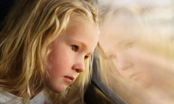 우울한 엄마를 둔 아이들이 마주하는 현실