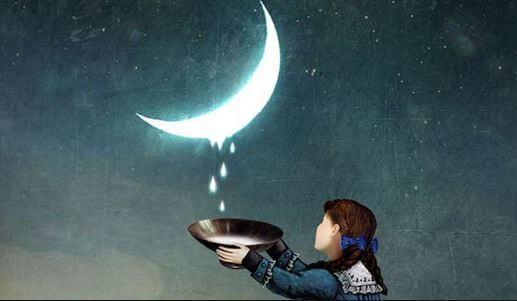 달빛에서 물을 받는 소녀