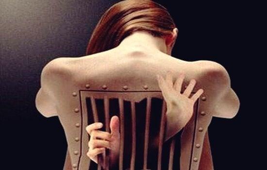 요통: 감정은 등에 어떤 영향을 미치는가?