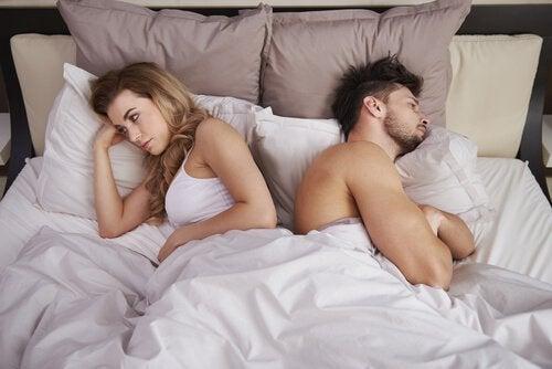 성욕 부진: 무성욕증의 특징, 이유 및 치료법