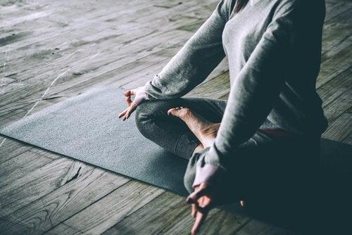 요가와 우울증 사이에 어떤 관계가 있을까?