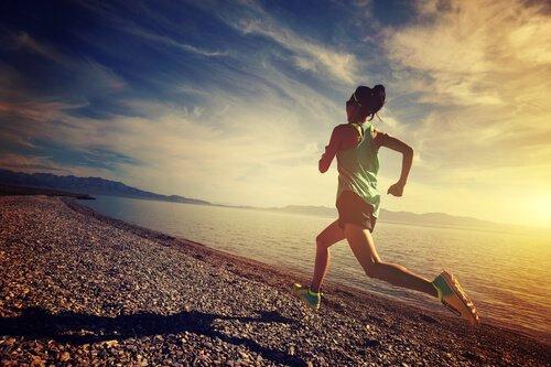 운동하는 여성