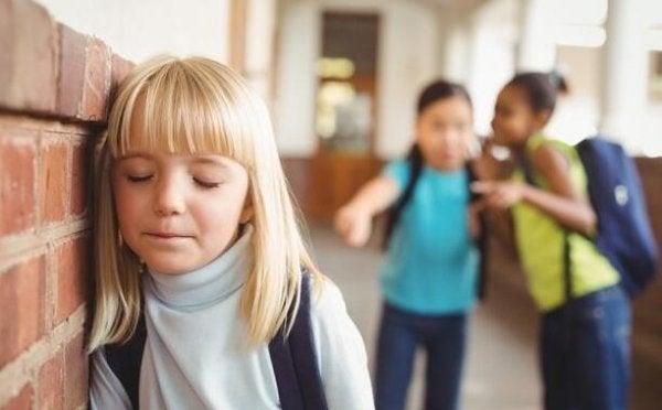 아이가 괴롭힘을 당하고 있다는 5가지의 증거