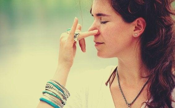 불안을 줄이는 효과적인 4가지 호흡법