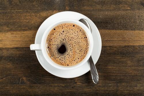 아침의 커피 한잔
