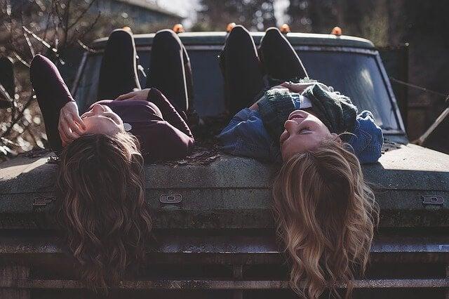 진정한 우정도 시간이 걸린다.