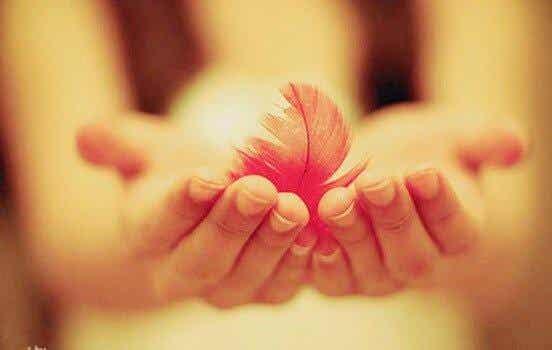 친근감: 어떠한 벽도 허물 수 있을만큼 강한 힘