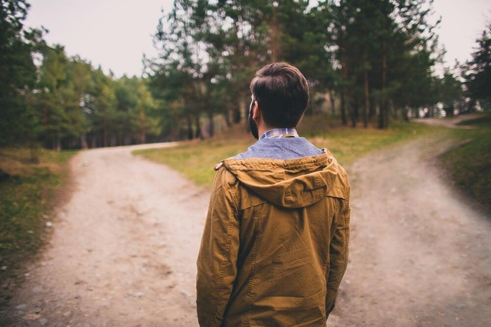 걷는 남자: 파급 효과 이론