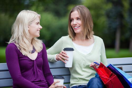 낯선 사람과 이야기할 때 왜 어색함을 덜 느낄까?
