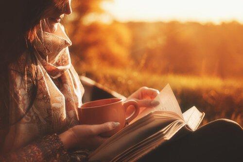 독서하는 여자