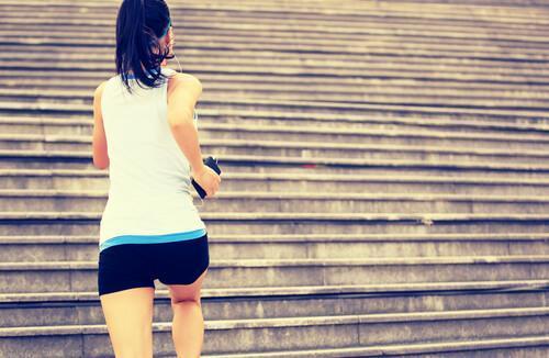 운동을 시작하는 데 도움을 주는 5가지 열쇠