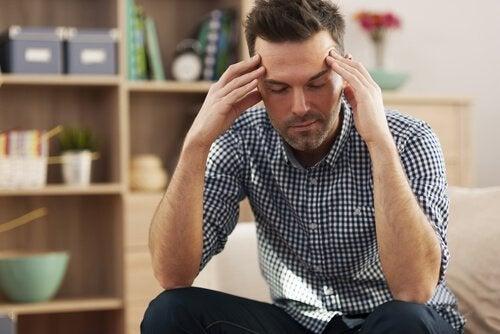 스트레스를 받는 교사: 교육자를 보살피는 방법
