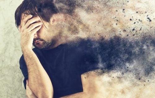 감정적 괴로움: 몸을 마비시키는 압도적인 두려움에 관하여