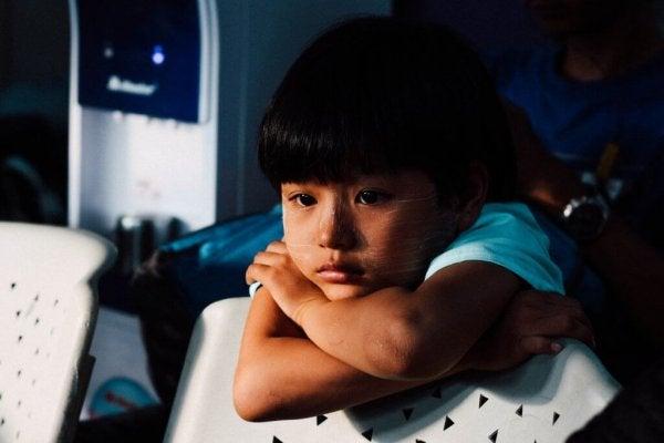 정서적 문제: 아이들에게도 살금살금 생기는 위험