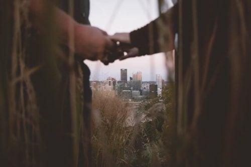 균형있는 건강한 관계, 행복한 사랑 방법 02