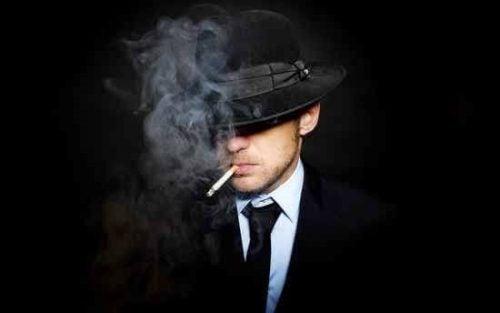담배 끊은 사람들이 꿈을 더 생생하게 꾼다